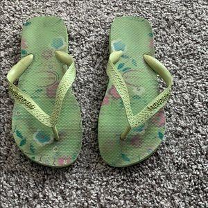Green Havaianas flip flops size 6